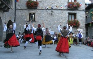 Dancing the jota on Learn Spanish Holidays
