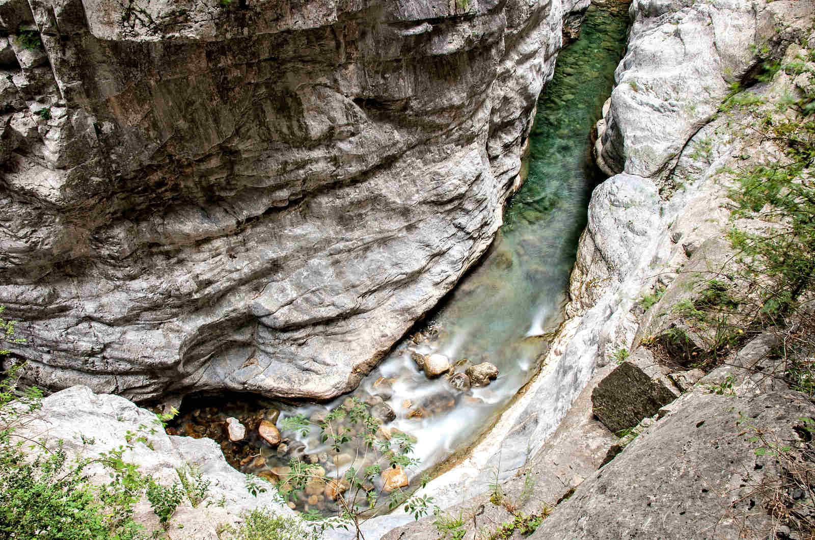A photo of the river Bellos in the Spanish Pyrenees which has carved through the limestone rock photo taken on our Photography Holiday Spain