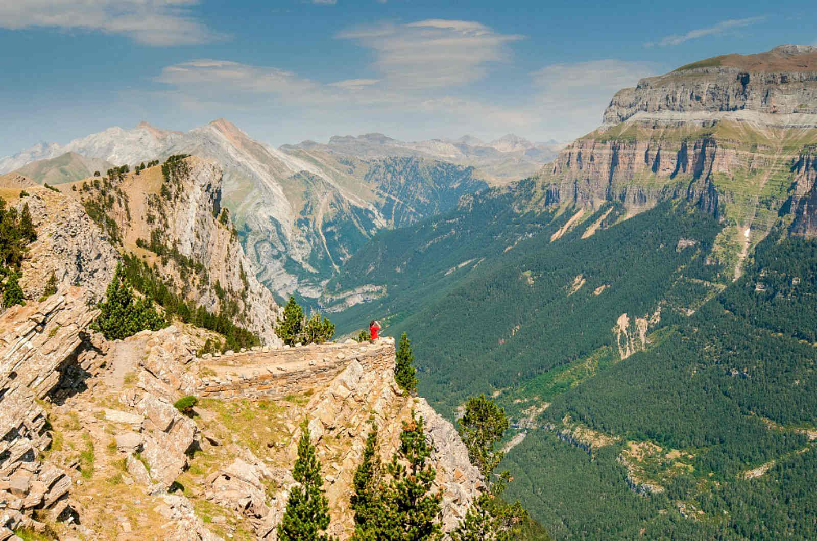 A panoramic view of the Ordesa valley on an excursion in Spanish on A view above the Añisclo canyon which we visit on Aragon Active Learn Spanish Holiday