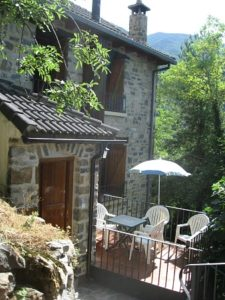 The outside terrace at self catering Torla