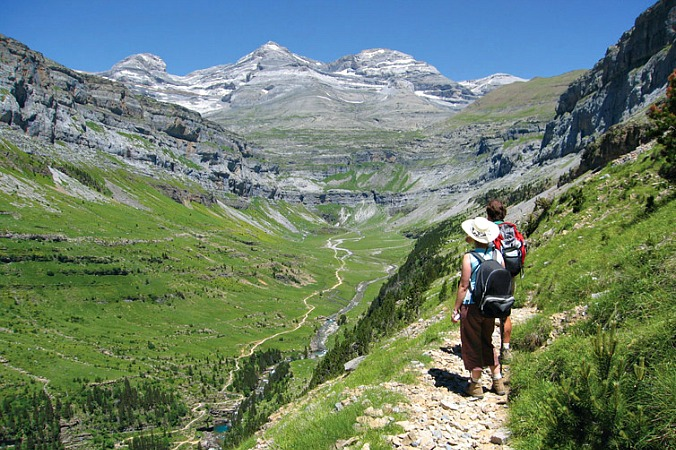 Walking on a faja in Ordesa on Guided Walking Holidays Pyrenees